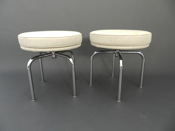 4 Swivel stools mod. LC8