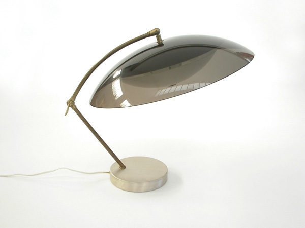 Ufo table lamp