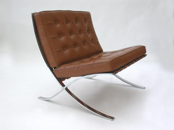 4 Barcelona Chairs