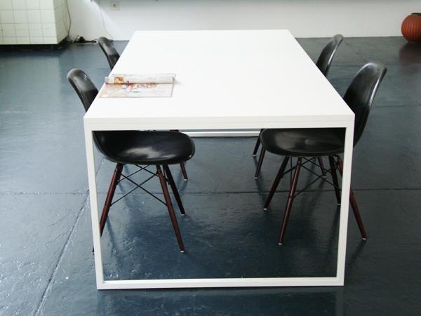 Table mod. Fronzoni '64