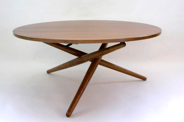 Adjustable Table mod. S. T. Tisch