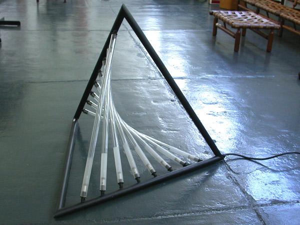 Big floor lamp mod. Tetraedro