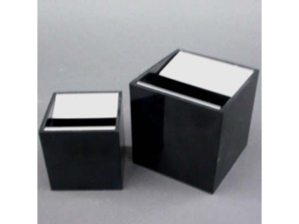Ashtrays mod. Cube