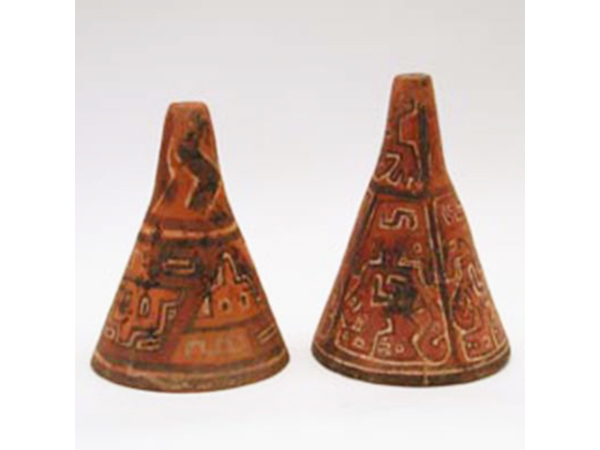 Pair of pre-colombian bells