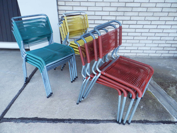 4 Stackable garden chairs