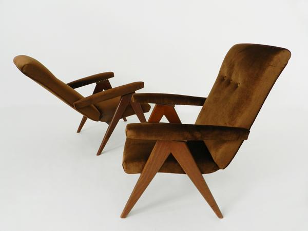 2 Adjustable armchairs
