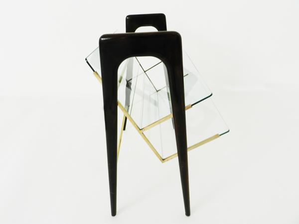 Magazine holder — Side table
