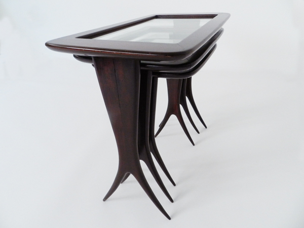 3 Elegants italian nesting tables