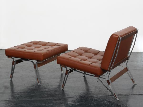 Lounge chair and ottoman mod. 856