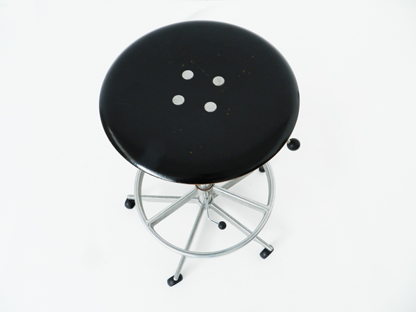 Adjustable stool mod. Kevi 2002