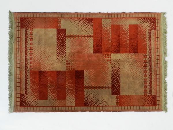 Deco rug