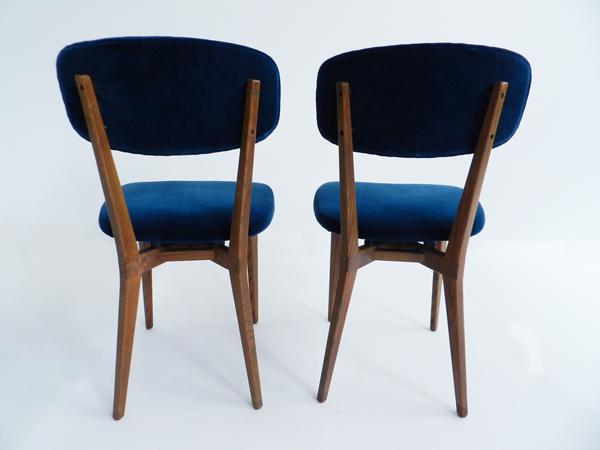 2 Chairs in dust blue velvet mod.691