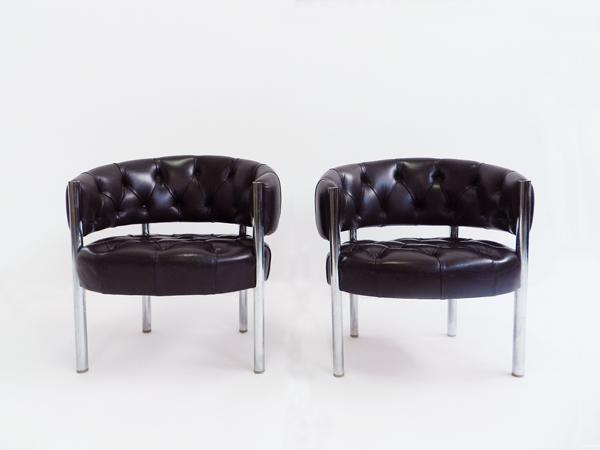Pair of armchairs mod. Lobby