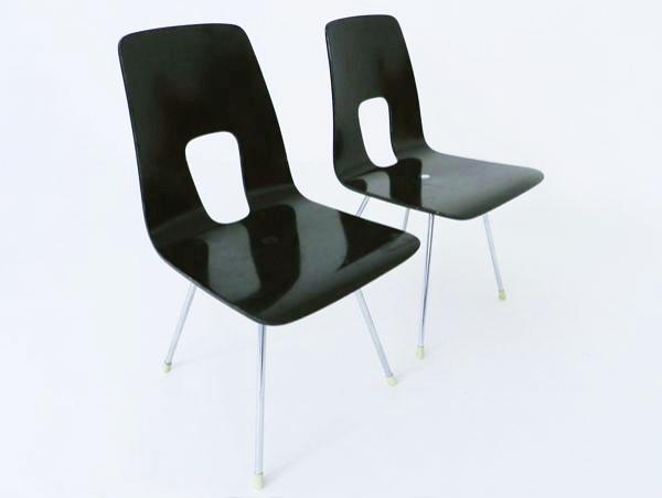 4 Chairs mod. Ein Punkt