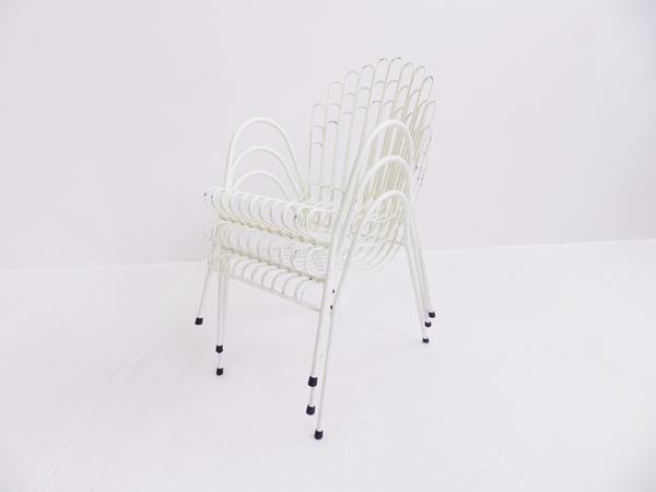 10 Stackable garden chairs