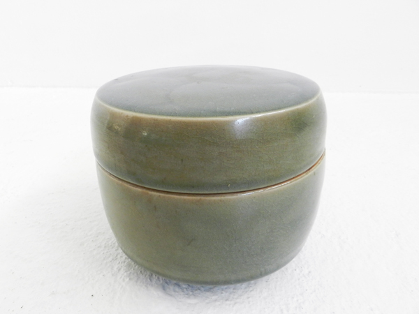 Japanese ceramic box