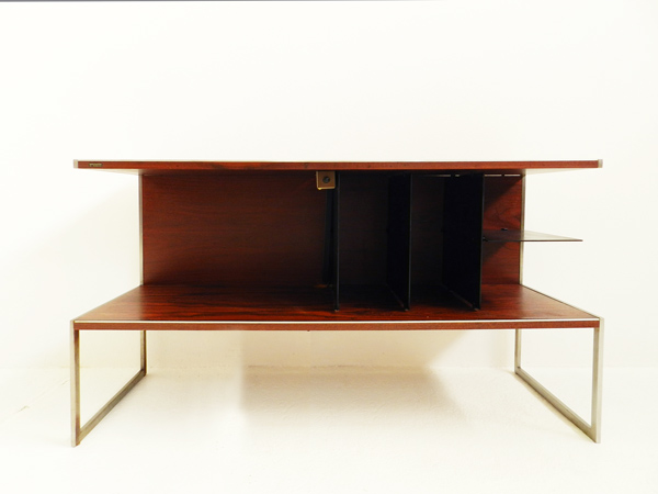 Hi-Fi system table with a light