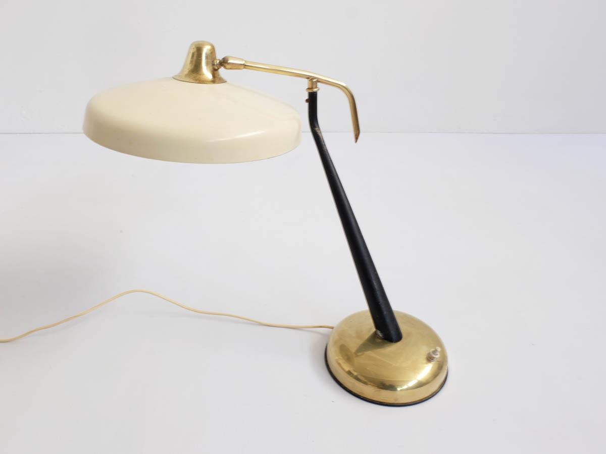 360 Degree revolving table lamp