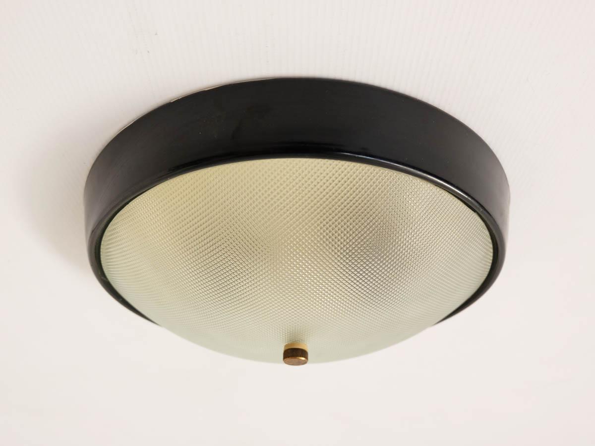 Black round flush light