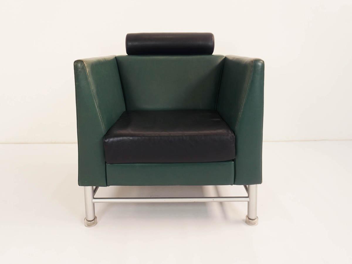 Patina leather armchair mod. Eastside