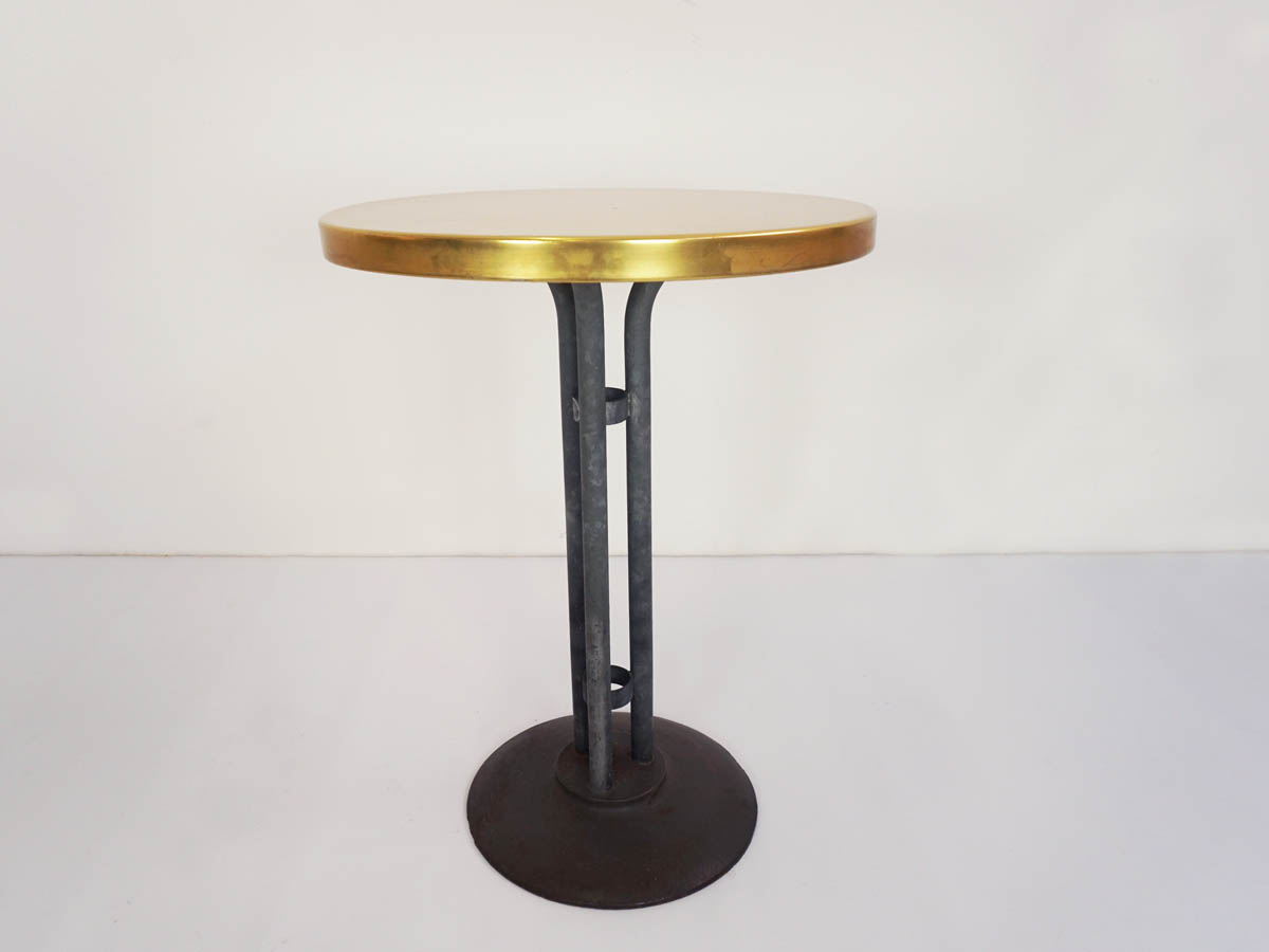 Small tables in yellow aluminum