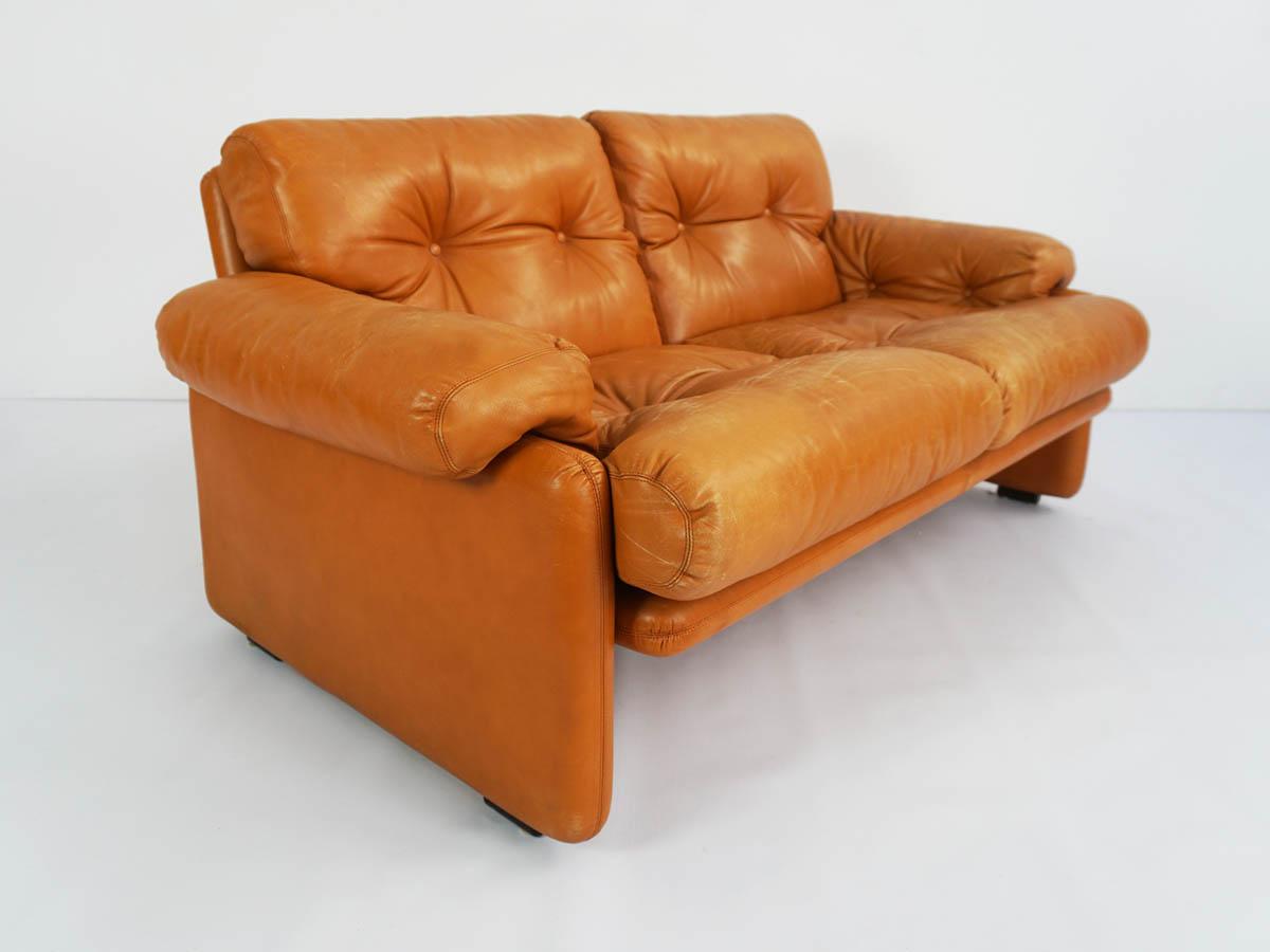 Patina leather two-seater sofa mod. Coronado