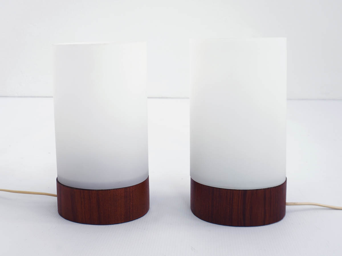2 Minimal table lamps in wood and glass