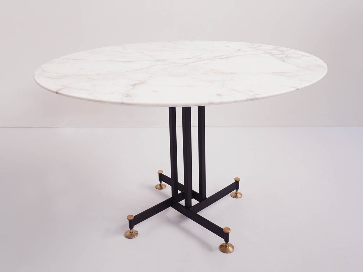 Calacatta marble dining table