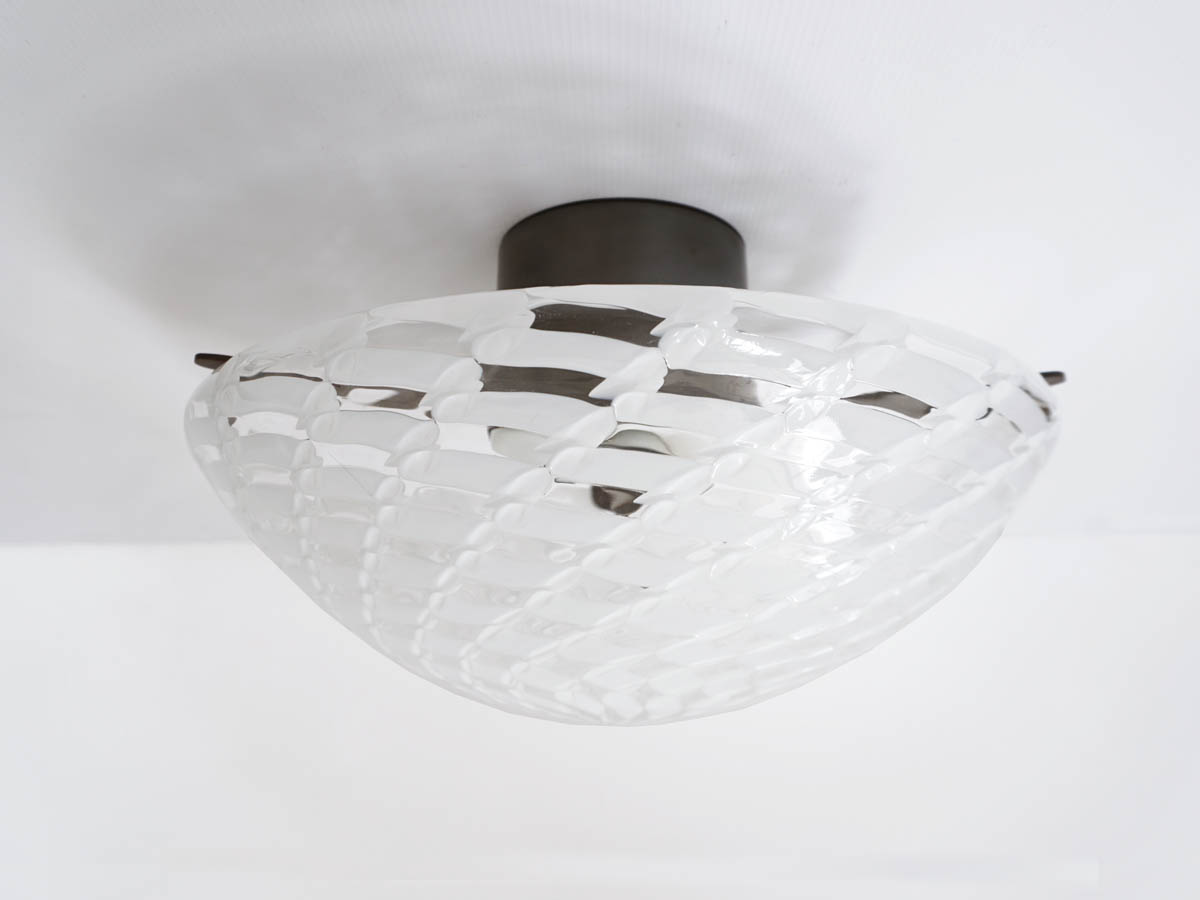 Spiral Decorated Glass Flush Lamp