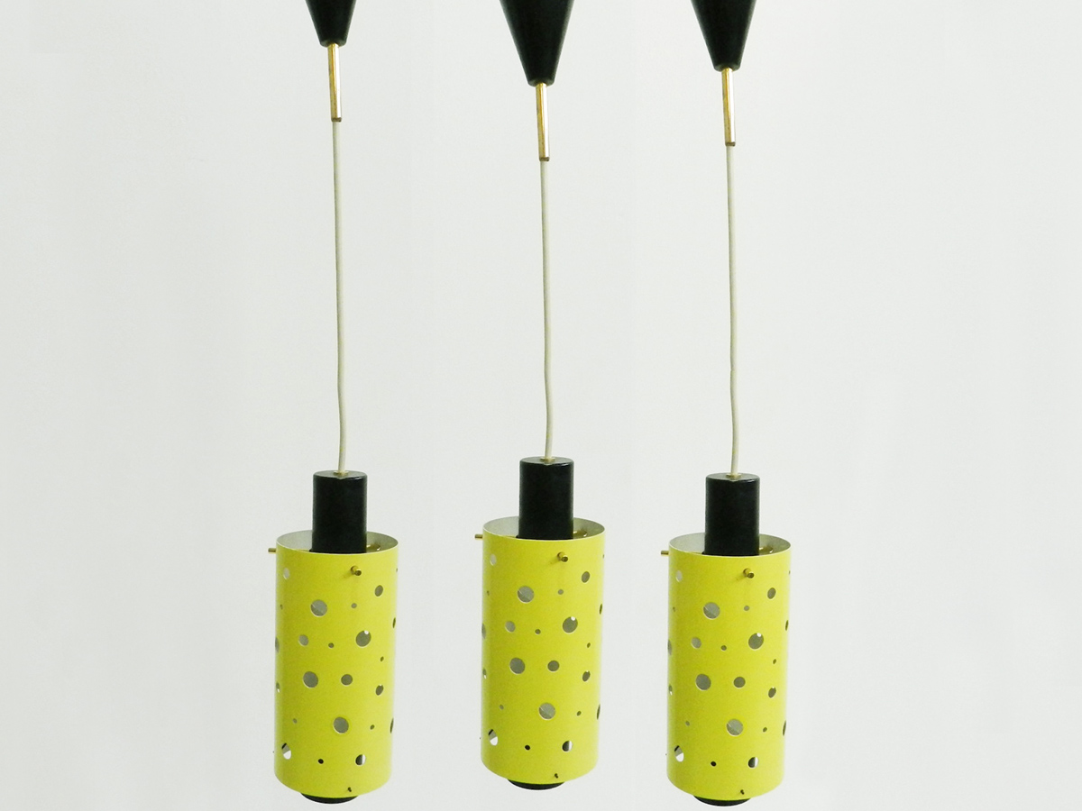 3 Perforated tubes hanging lamps