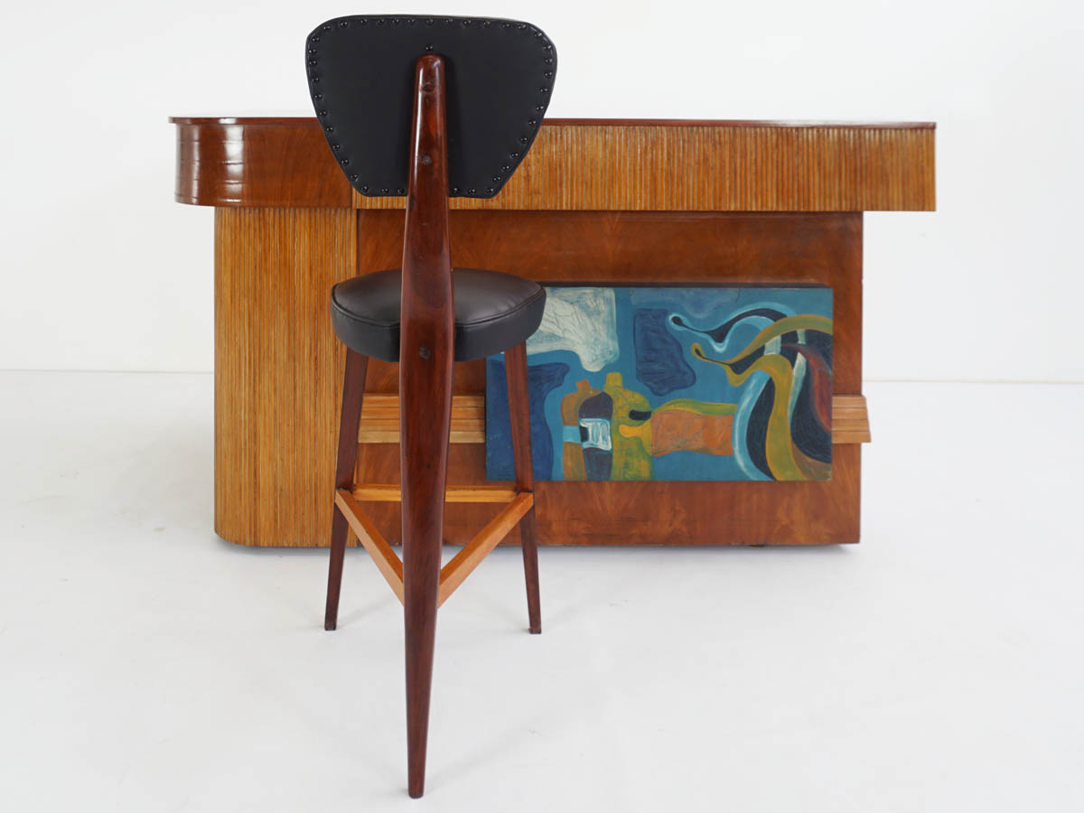 Brazilian bar stools