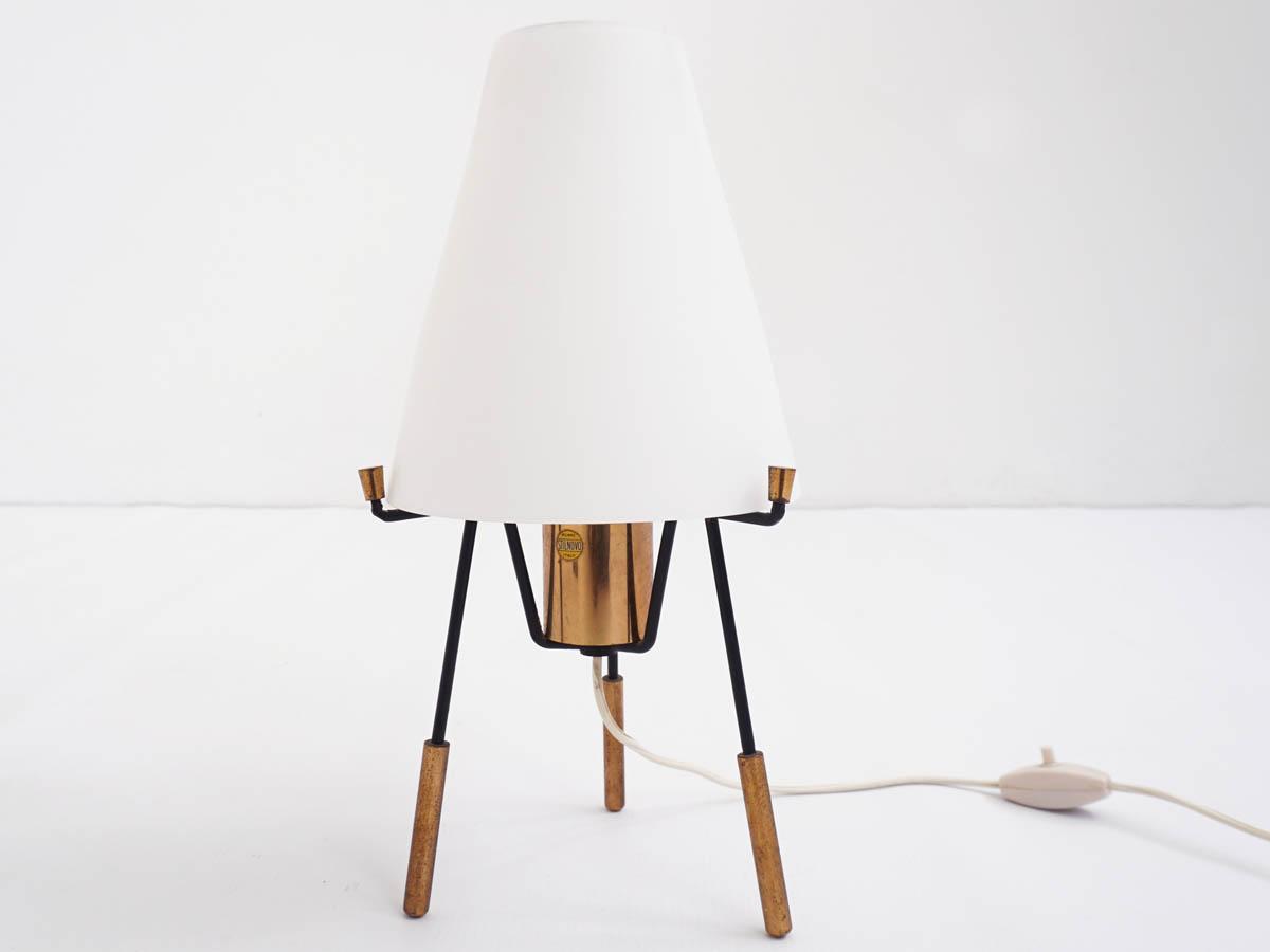 Modern lantern light