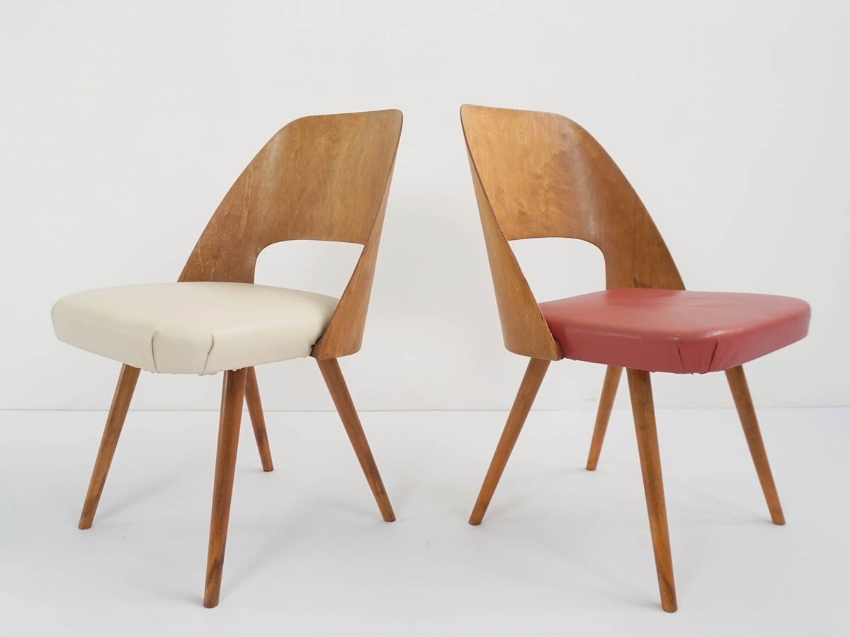 2 Iconic Plywood Chairs mod. 3D