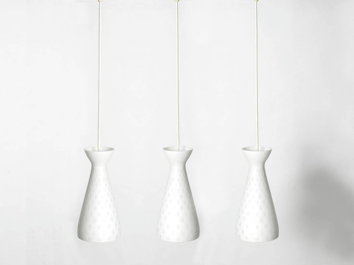 Set of 3 Diabolo Glass Pendant Lamps