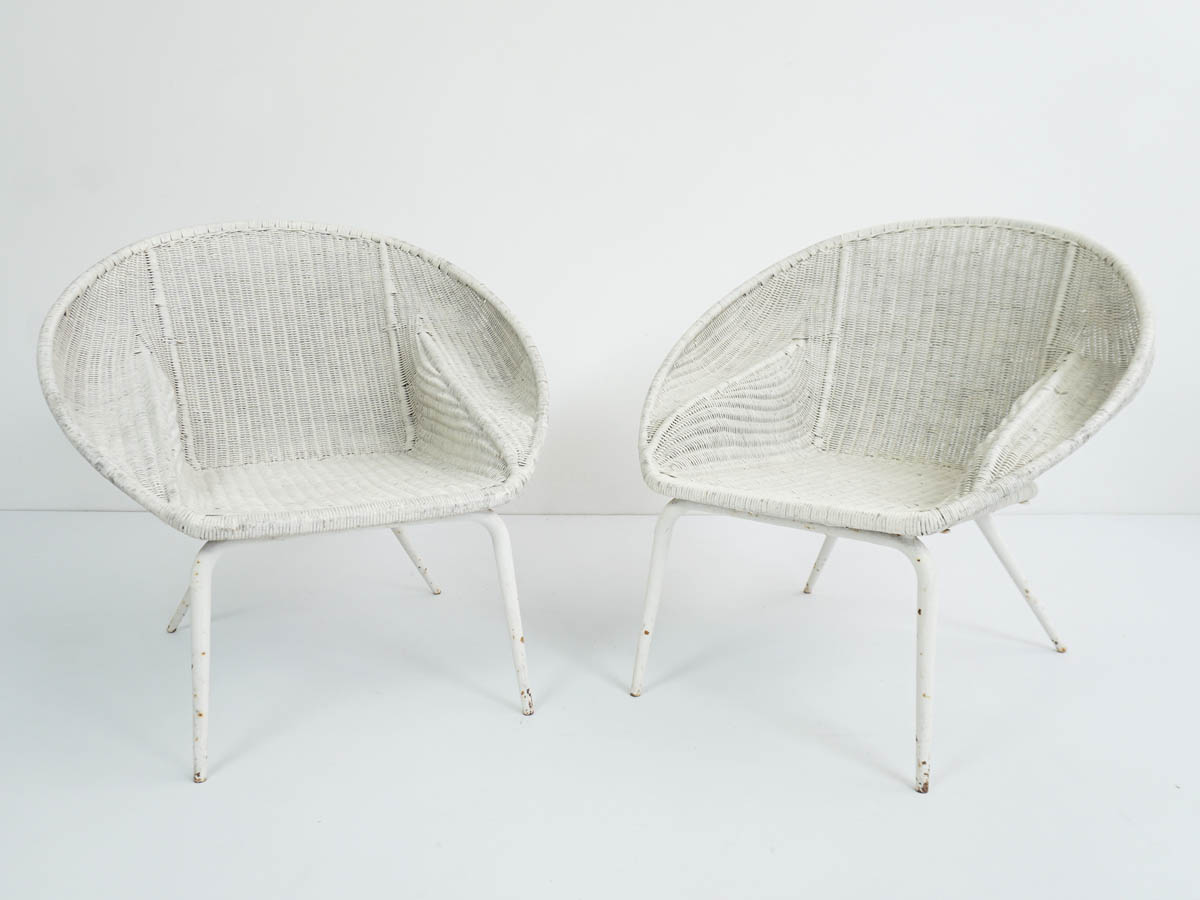2 Weaved Wicker Nest Armchairs