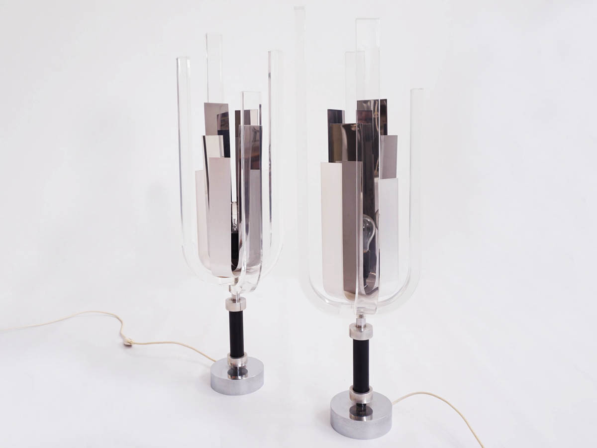 Paar funkelnde Tischlampen mit Spiegel und Plexiglas