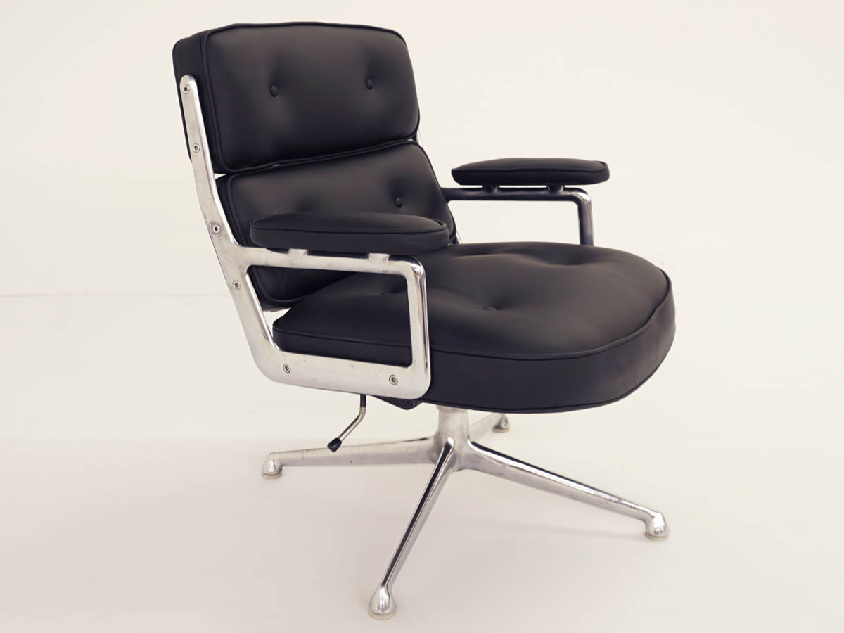 Lobby Executive Desk Chair ES 105 in Black Leather