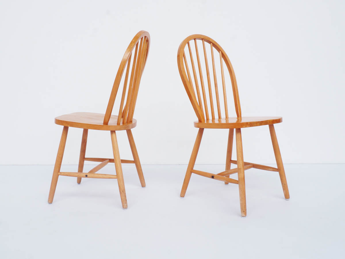 20 Chairs in Solid Pine Wood