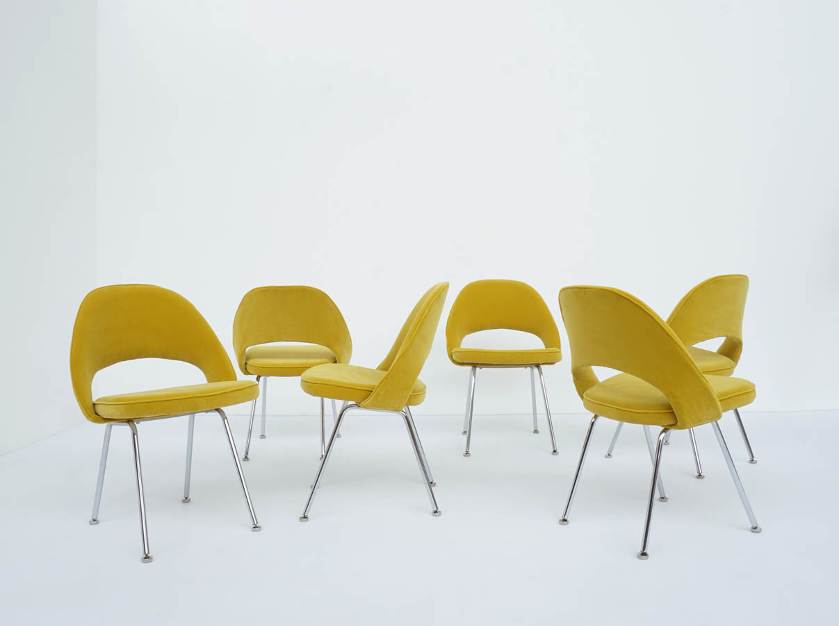 11 Executive Chair Armless with Tubular Legs