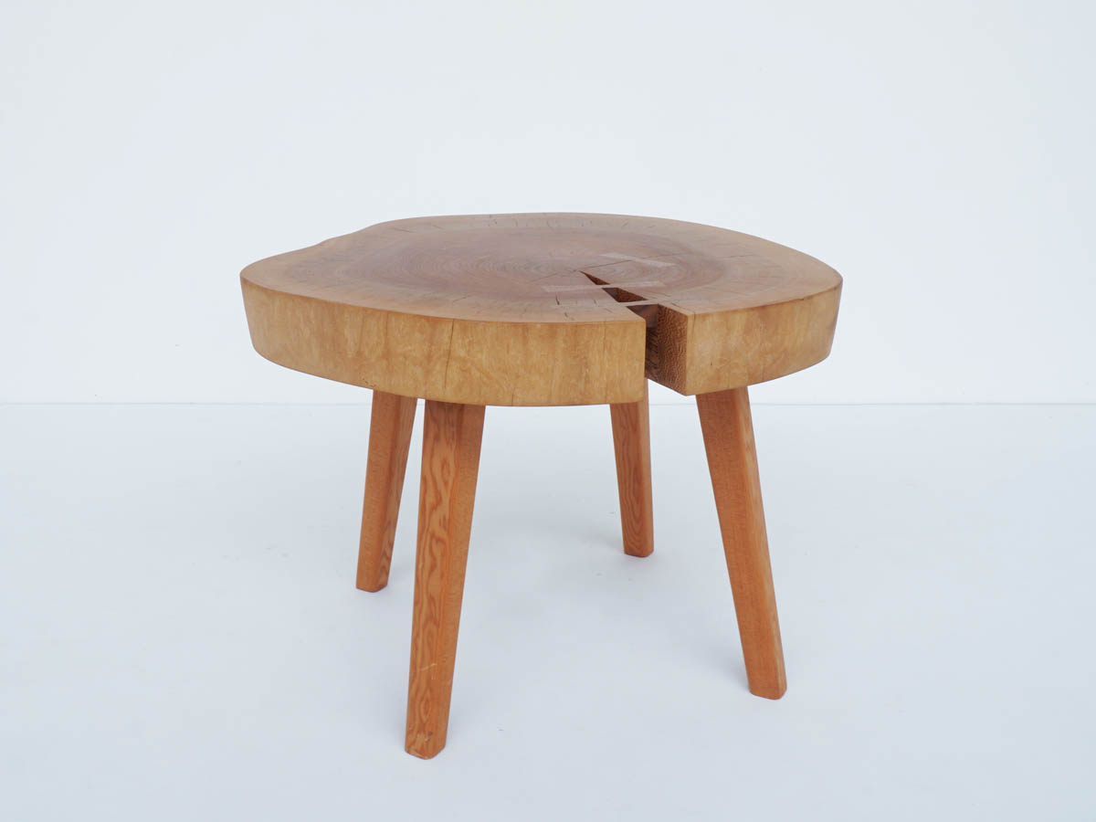 Solid Wood Side Table with Dovetail Reinforcement