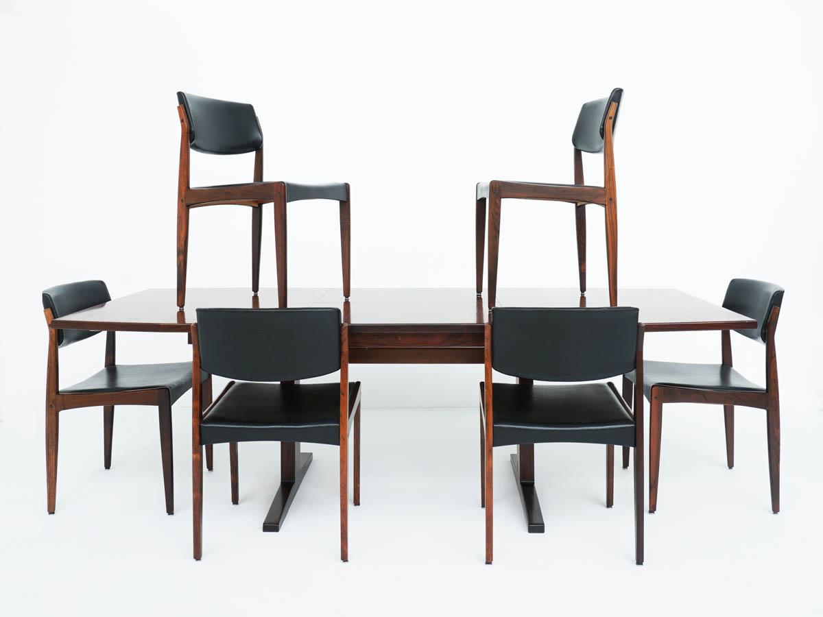 Tavolo Allungabile in Palissandro Design Danese con Sedie in Pelle